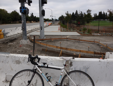 The new stretch of San Tomas Aquino Creek Trail south of Cabrillo is done except for the lights and intersection work.