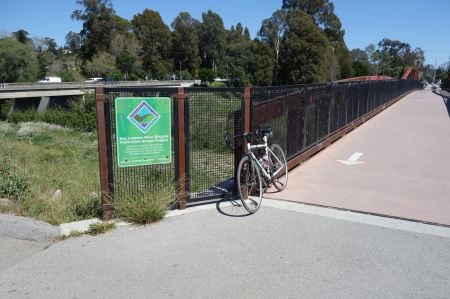 Nice bike bridge over San Lorenzo River. There's also a path under Hwy 1 to Hwy 9.