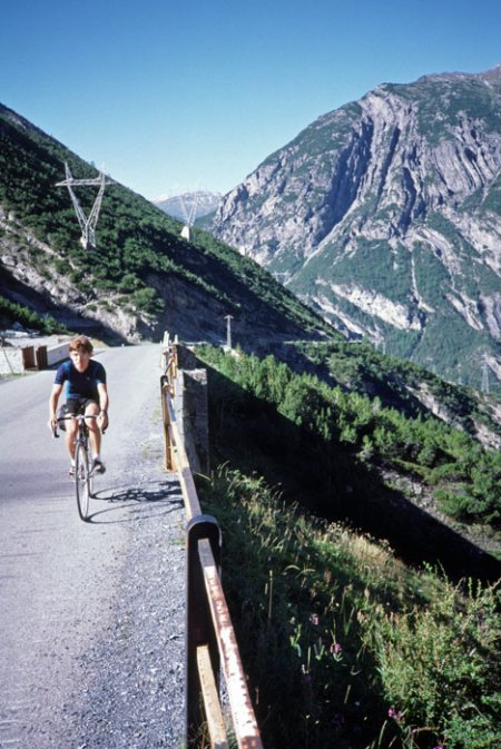 Stelvio Pass climb from Bormio.